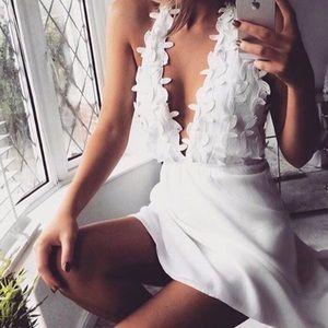Dresses & Skirts - New PETALS Appliqué Halter Dress